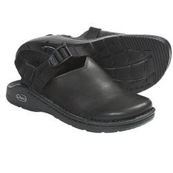 Chaco Toe Coop Clogs - Leather (For Women) - SMOOTH BLACK ( 7.5 )