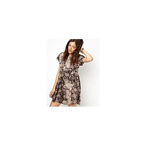 Somedays Lovin Smock Dress In Cobra Print - Grey