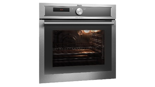 AEG 60cm Pyrolytic SMART Built-In Convection Oven