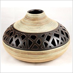 Mondo Gifts - 27 cm Native Earthy Squat Vase with Lacework - Vases & Urns