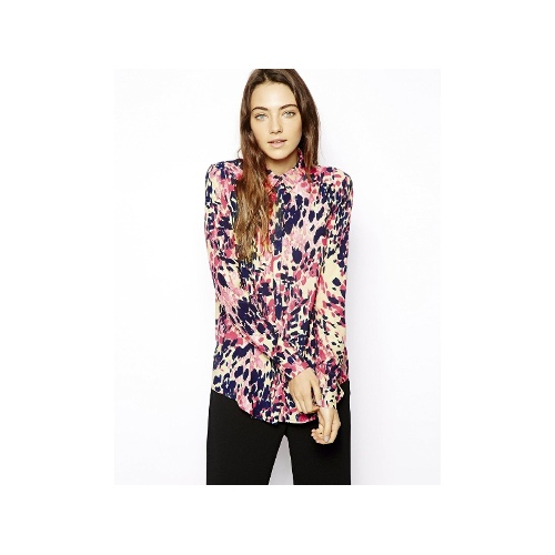 Blouse in Bright Animal