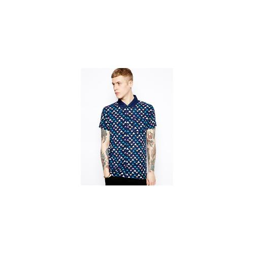 Volklore Shirt in Short Sleeve with Triangle Print - Black