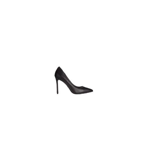 KG by Kurt Geiger Bailey Black Leather Heeled Court Shoes