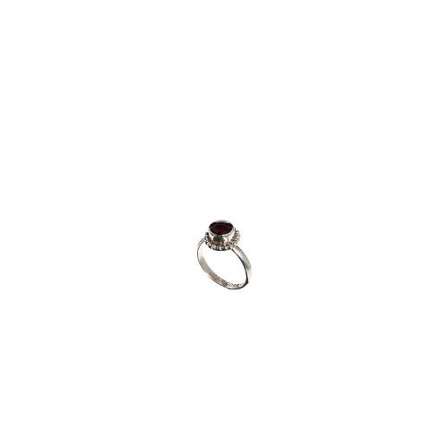 Regal Rose Gypsy Night Red Garnet Ring - Red garnet