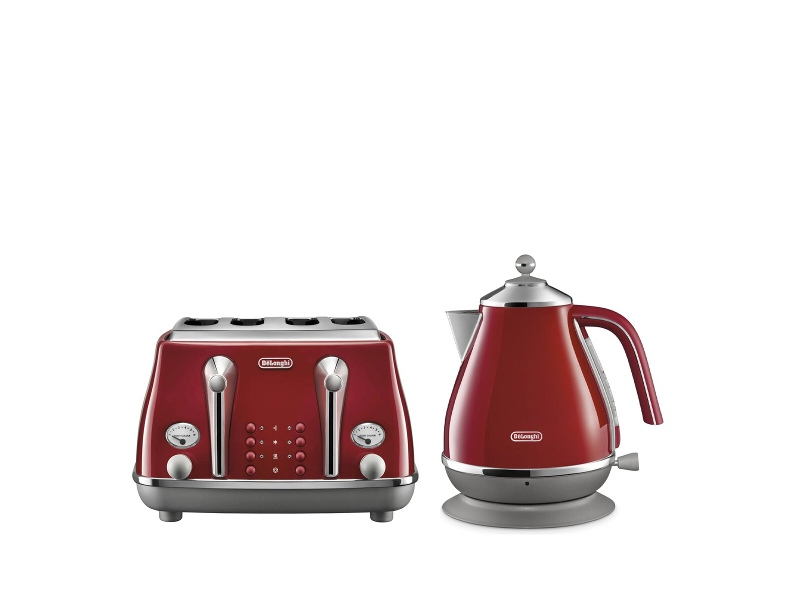 DeLonghi Icona Capitals Kettle and 4 Slice Toaster Breakfast Pack CTOC4003RKBOC2001R