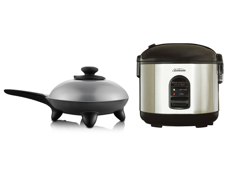 Sunbeam Rice Perfect Deluxe 7 Rice Cooker and Classic Skillet Fry Pan Pack RC5600SK4200P