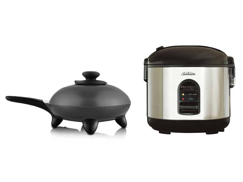 Sunbeam Rice Perfect Deluxe 7 Rice Cooker and DuraCeramic Skillet Fry Pan Pack RC5600SK6000