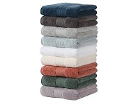 Briscoes NZ Fieldcrest Platinum Bath Towel