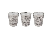 LivingStyles Lacey 3 Assorted Day Spa Scented Candles with Metal Candle Holders