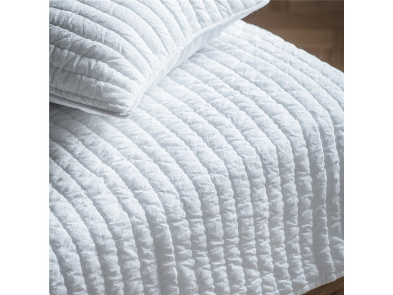 Linear Quilted Cotton Bedspread, White