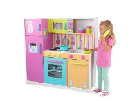 LivingStyles Kidkraft Deluxe Big and Bright Kitchen