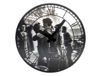 LivingStyles Nextime Kiss Me In Paris Round Wall Clock