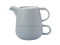 Living & Giving Maxwell & Williams Tea For One Teapot Cloud 450ml