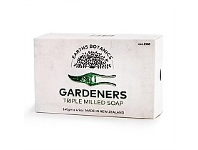 Living & Giving Earth Botanicals Gardeners Triple Milled Soap 140g