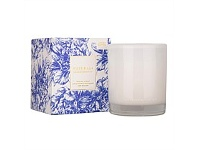 Living & Giving The Aromatherapy Co. Naturals Candle Wild Iris & Peony 370g