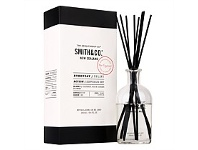 Living & Giving The Aromatherapy Co. Smith & Co Uplift Diffuser 160ml
