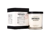 Living & Giving The Aromatherapy Co. Smith & Co Uplift Candle 220ml