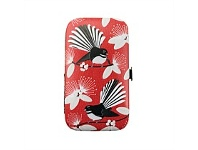 Living & Giving Flirting Fantails Manicure Set Red